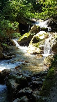 De watervallen in Gola dell'infernaccio