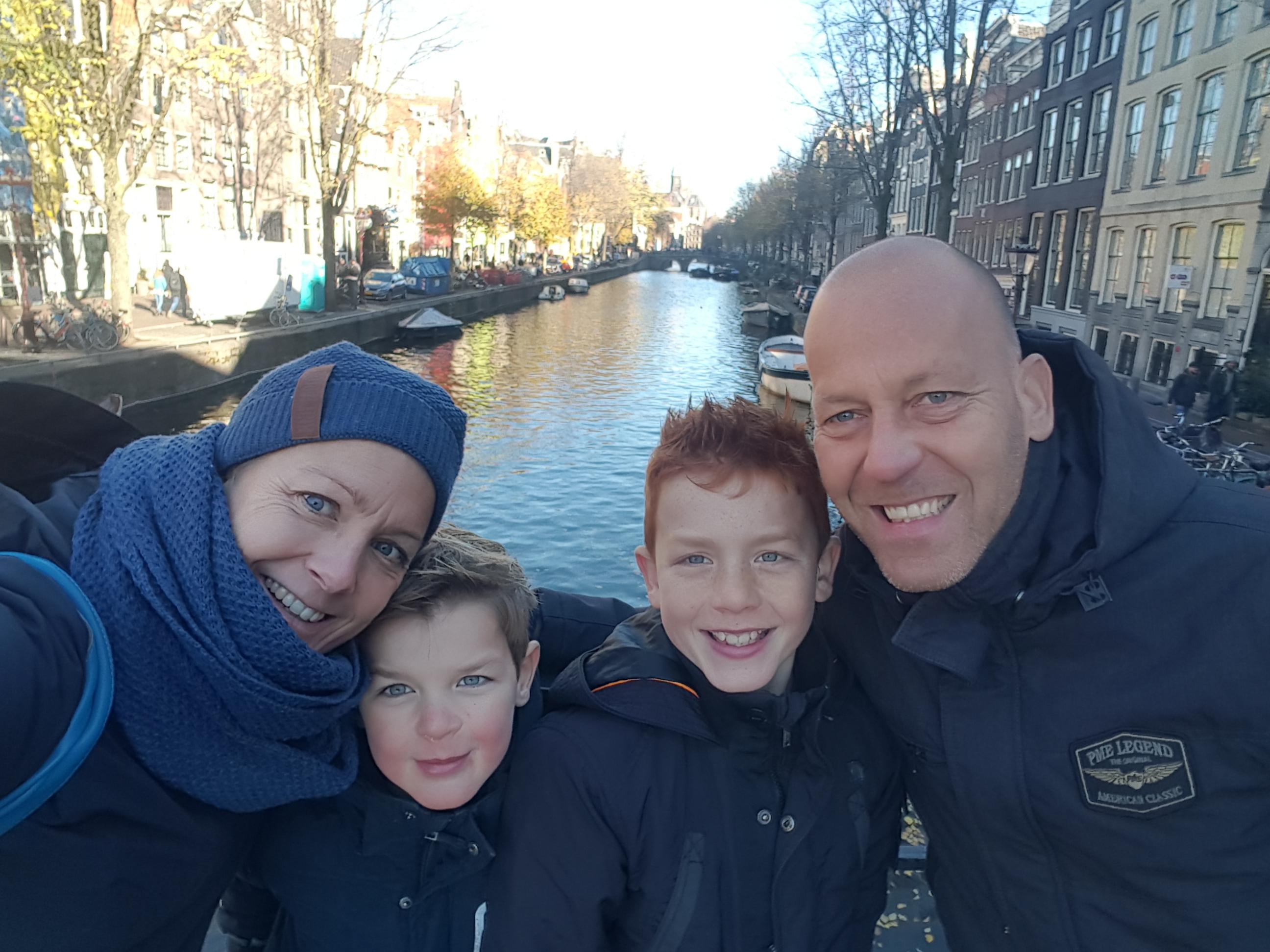 Familie van Hilst een dagje in Amsterdam voordat wij naar camping-agriturismo Quarantaquattro in Le Marche, Italië vertrokken (november 2018).